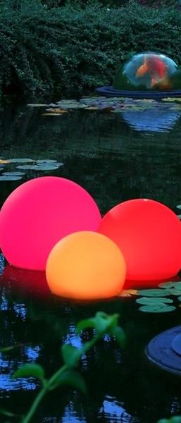 floating solar light